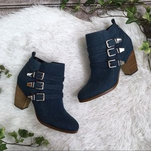 CROWN VINTAGE Denim Wedge Ankle Buckle Booties 10M
